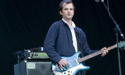 Un album solo pour Chris Baio