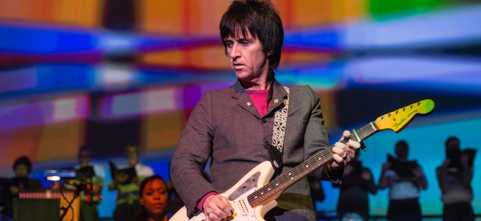 "Johnny Marr annonce la sortie de son autobiographie ""Set The Boy Free"""