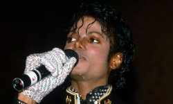 "Michael Jackson : ""Thriller"" bat des records"