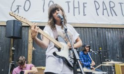 Courtney Barnett : un single signé Jack White